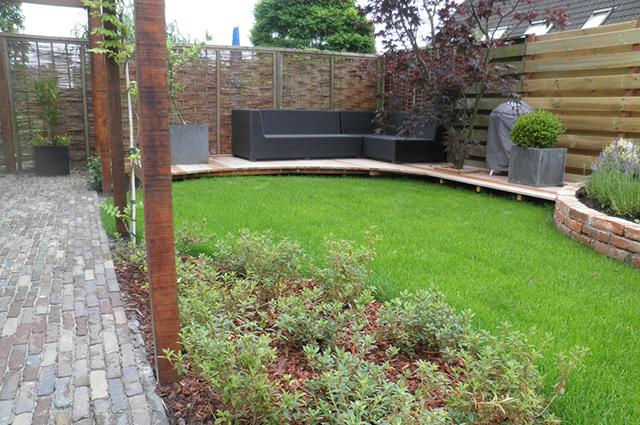 Ontwerp en aanleggen van achtertuin